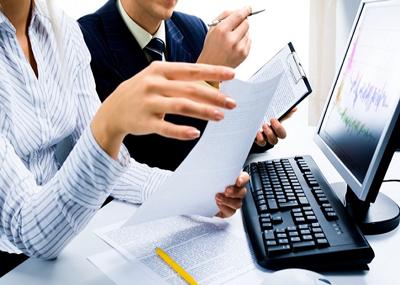 Помощь в сборе документов для участия в аукционе.